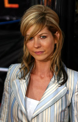 Jenna Elfman Scientology booster